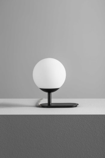 LA_PALLINA (3)_OLEV_lamp_LED_tavolo_table
