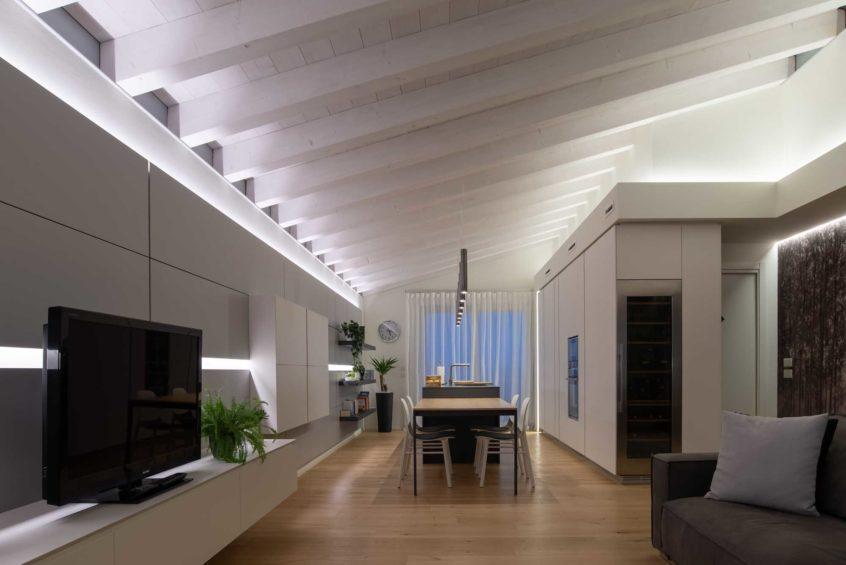 OLEV_illuminazione_casa_design_CYLINDER_CUCINA_TRAVI_mura