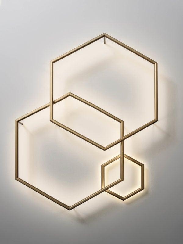 OLEV_POLY_ESAGONO_PL_orizz_lampada_design_parete